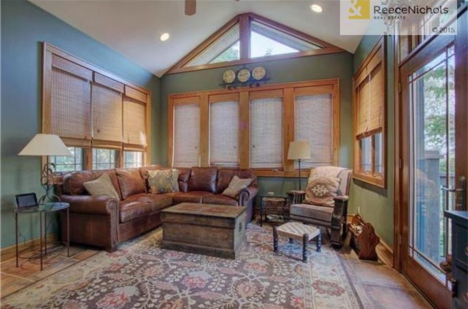 10191 S Highland Ln, Olathe, KS 66061 -  $1,100,000 home for sale, house images, photos and pics gallery