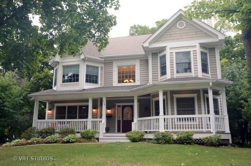 1028 Hazel Ave, Deerfield, IL 60015 -  $1,085,000