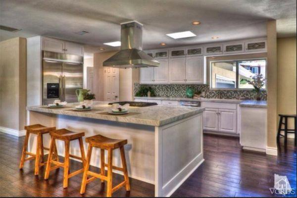 1096 Calle Las Trancas, Thousand Oaks, CA 91360 -  $949,000
