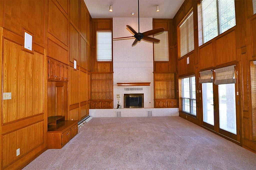 1102 W Viejo Dr, Friendswood, TX 77546 -  $995,000 home for sale, house images, photos and pics gallery