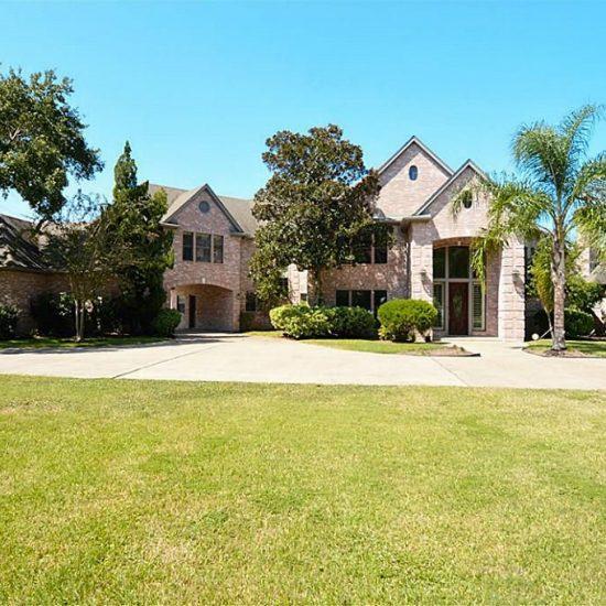 1102 W Viejo Dr, Friendswood, TX 77546 -  $995,000