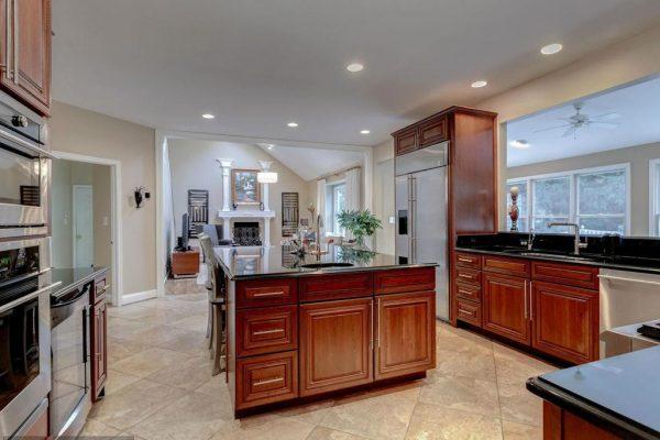 11058 Aldbury Ct, Reston, VA 20194 -  $930,000