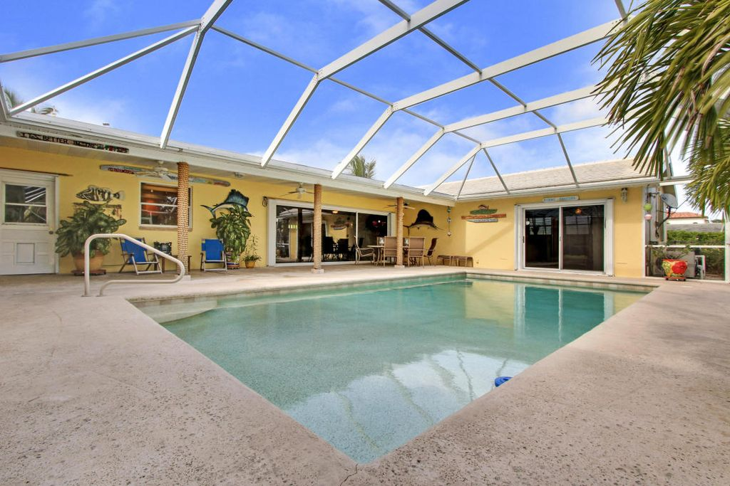 1131 Coral Way, Riviera Beach, FL 33404 -  $1,150,000 home for sale, house images, photos and pics gallery