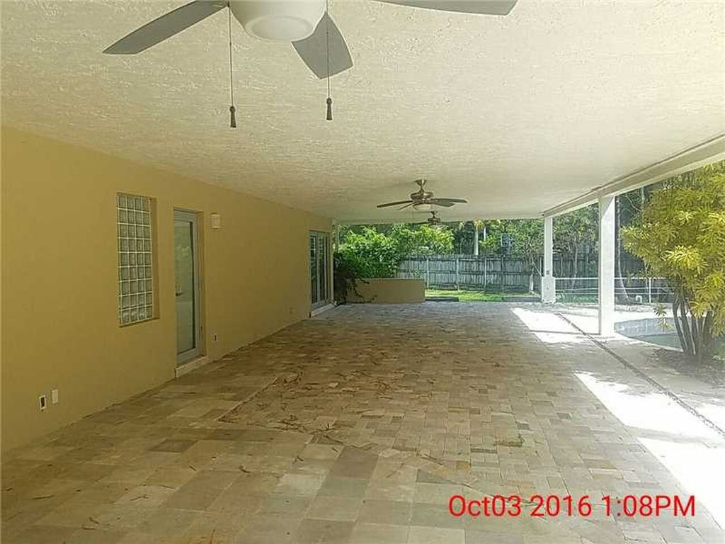 12001 Pine Needle Ln, Pinecrest, FL 33156 -  $1,150,000 home for sale, house images, photos and pics gallery