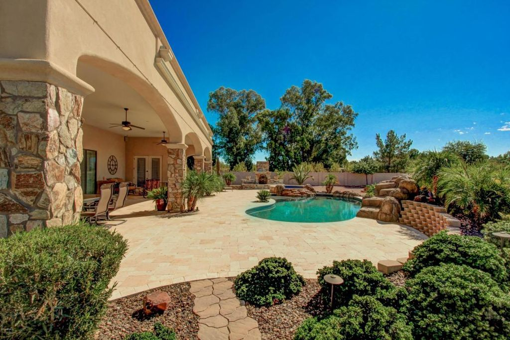 12131 E Cloud Rd, Chandler, AZ 85249 -  $854,900 home for sale, house images, photos and pics gallery