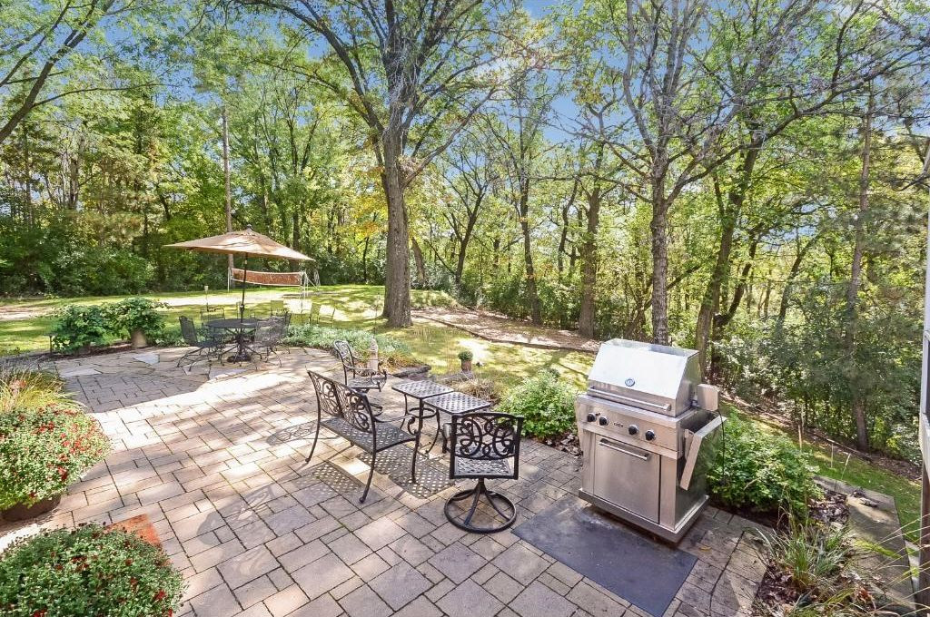 1240 Deerwood Dr, Eagan, MN 55123 -  $989,000 home for sale, house images, photos and pics gallery