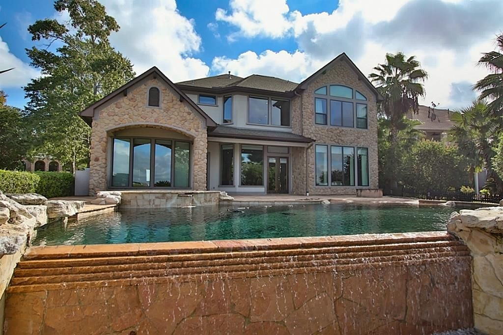12455 Longmire Lakeview, Conroe, TX 77304 -  $1,025,000 home for sale, house images, photos and pics gallery
