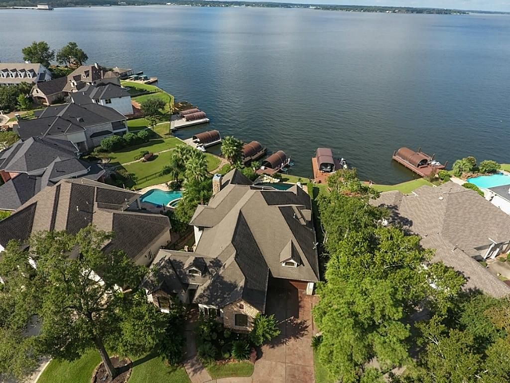 12455 Longmire Lakeview, Conroe, TX 77304 -  $1,025,000