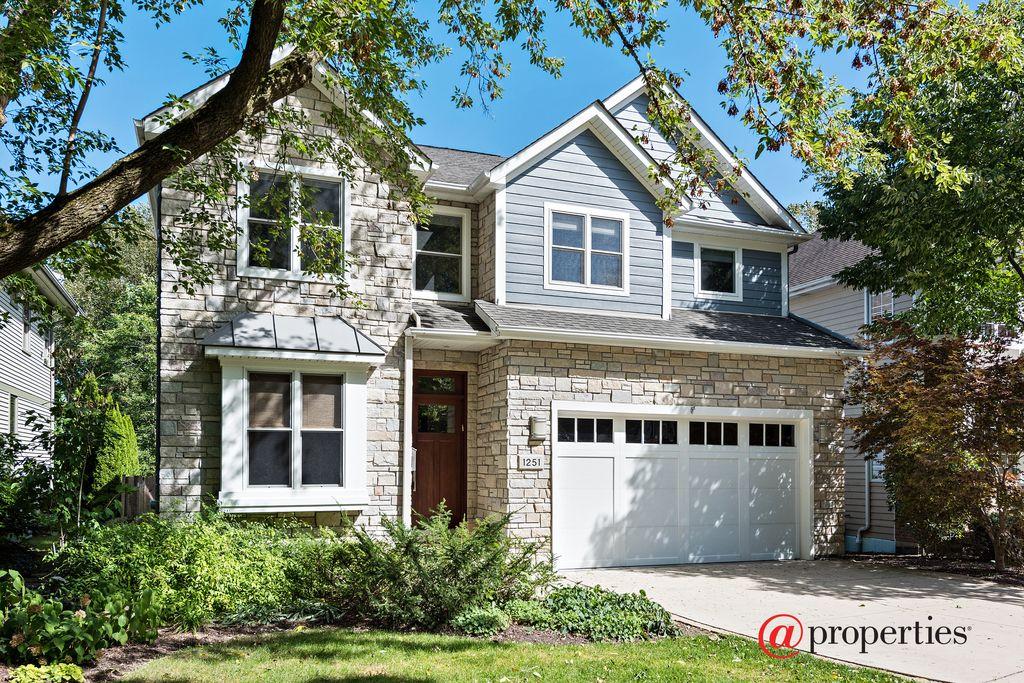 1251 Glencoe Ave, Highland Park, IL 60035 -  $969,000