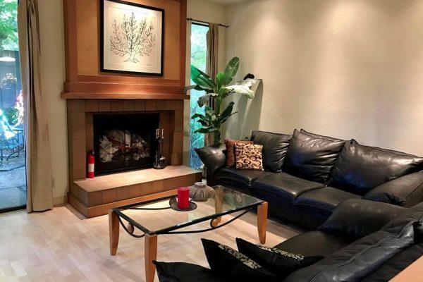 126 Amherst Ave, Menlo Park, CA 94025 -  $1,070,000