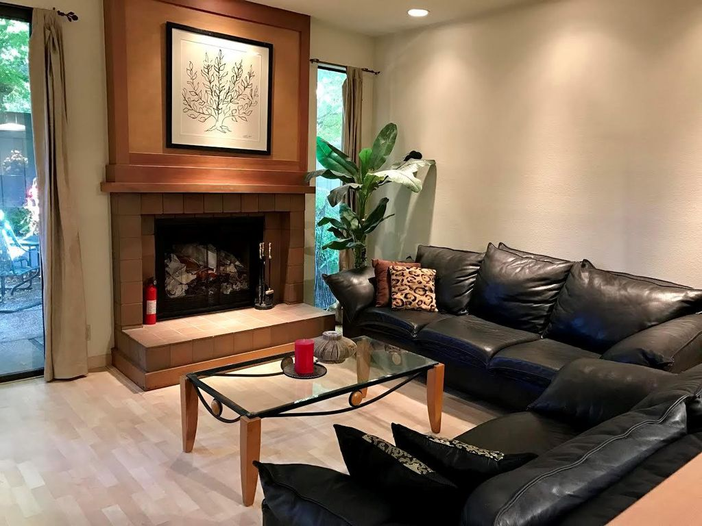 126 Amherst Ave, Menlo Park, CA 94025 -  $1,070,000 home for sale, house images, photos and pics gallery