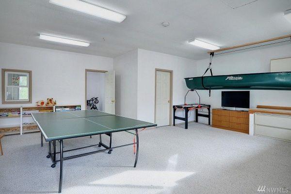 12805 SE 44th Pl, Bellevue, WA 98006 -  $930,000