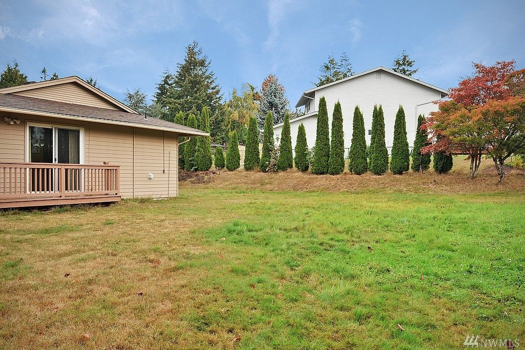 12805 SE 44th Pl, Bellevue, WA 98006 -  $930,000 home for sale, house images, photos and pics gallery