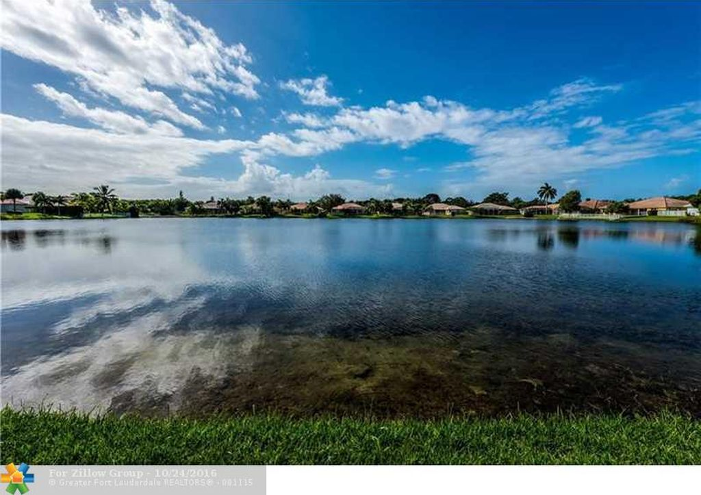 12880 Country Glen Dr, Cooper City, FL 33330 -  $949,999 home for sale, house images, photos and pics gallery