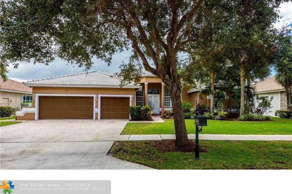 12880 Country Glen Dr, Cooper City, FL 33330 -  $949,999