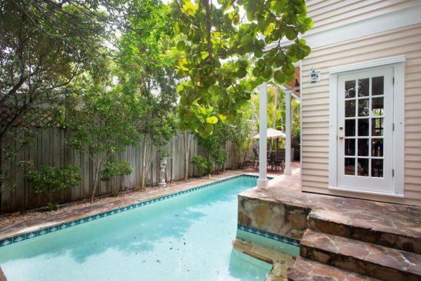 1332 Duncan St, Key West, FL 33040 -  $940,000