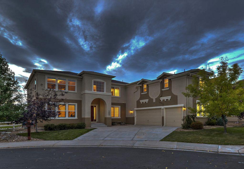 13985 Pinehurst Cir, Broomfield, CO 80023 -  $924,900