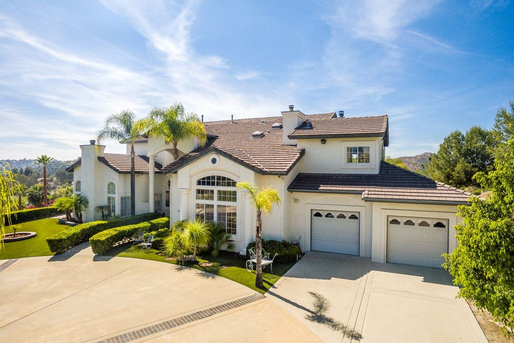 1448 Montana Serena Ct, El Cajon, CA 92021 -  $1,097,000 home for sale, house images, photos and pics gallery