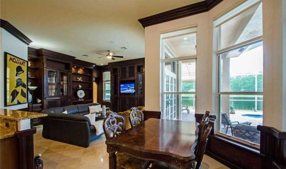 1470 Victoria Isle Dr, Weston, FL 33327 -  $1,185,000 home for sale, house images, photos and pics gallery