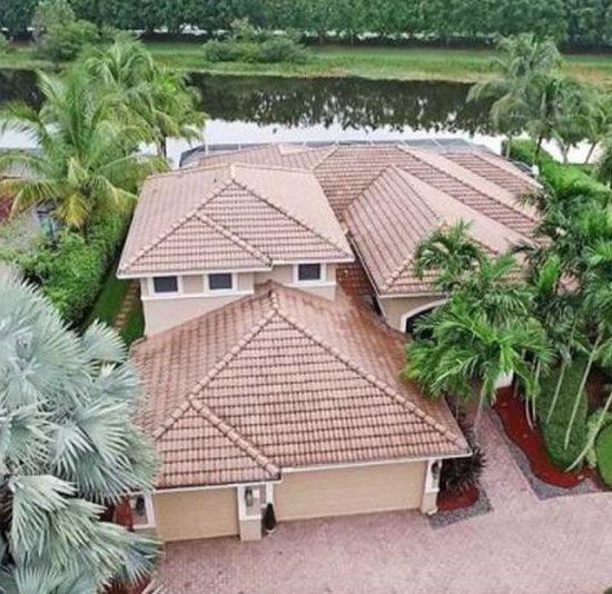 1470 Victoria Isle Dr, Weston, FL 33327 -  $1,185,000