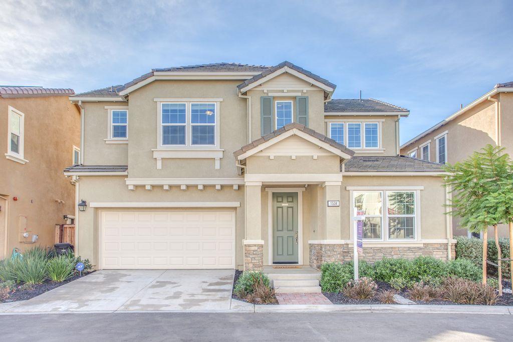 1504 Hayden St, Hayward, CA 94545 -  $879,000