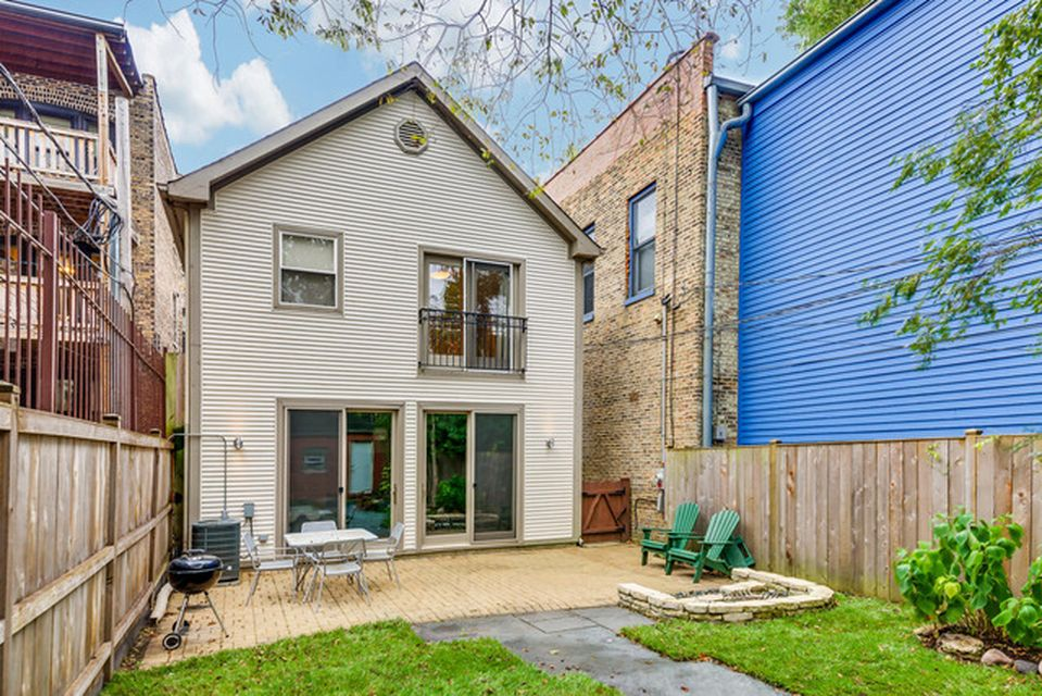 1566 N Hoyne Ave, Chicago, IL 60622 -  $1,175,000 home for sale, house images, photos and pics gallery
