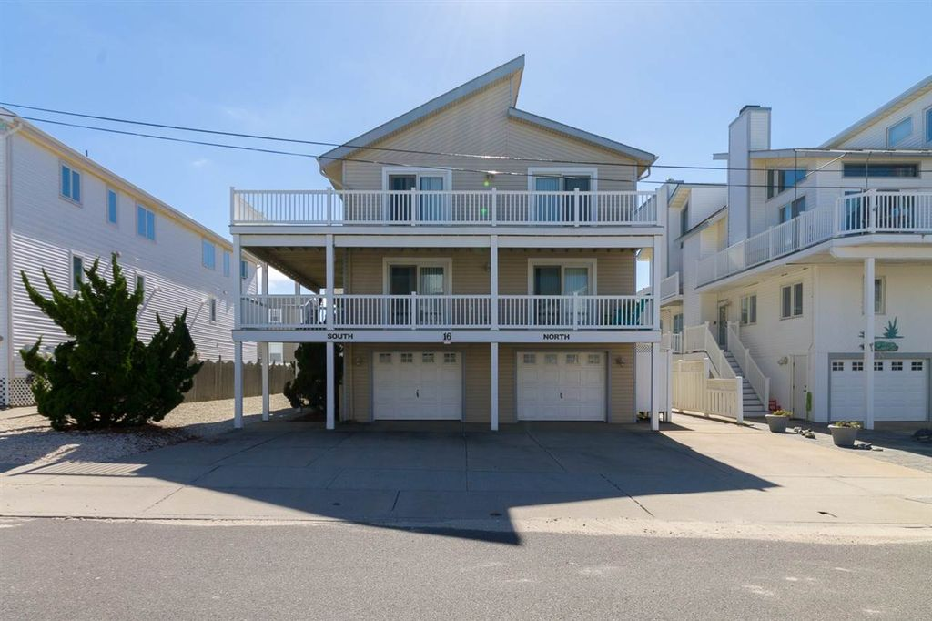 16 82nd St # SOUTH, Sea Isle City, NJ 08243 -  $869,000