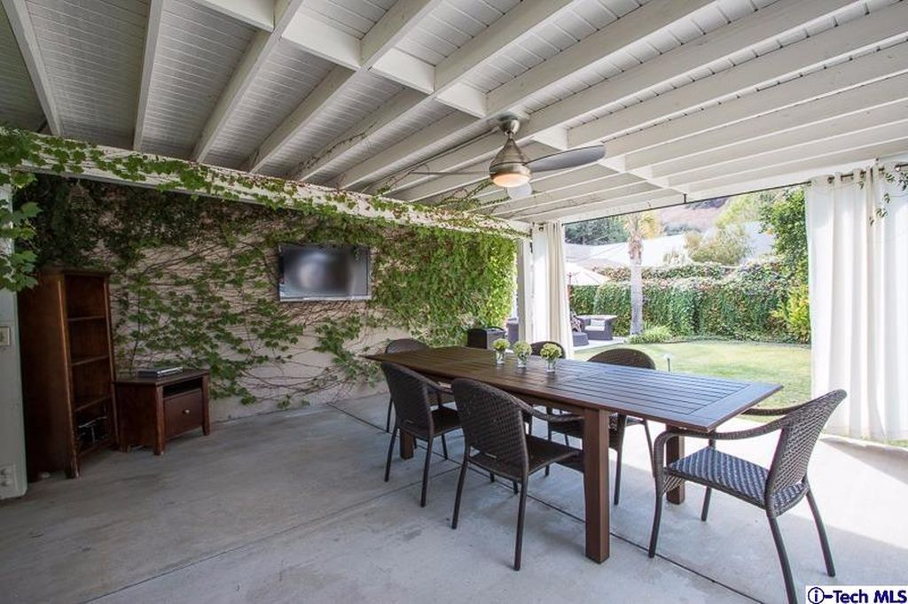 1625 Glorietta Ave, Glendale, CA 91208 -  $1,069,000 home for sale, house images, photos and pics gallery