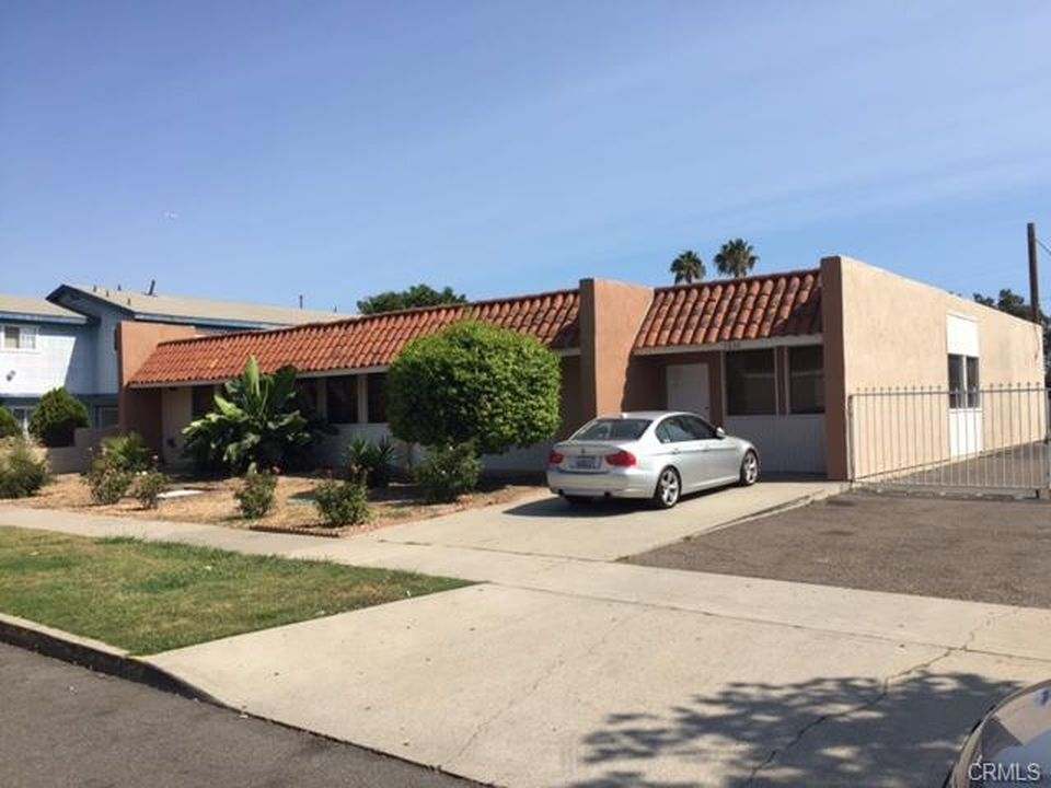 1630 Palm St, Santa Ana, CA 92701 -  $1,195,000 home for sale, house images, photos and pics gallery