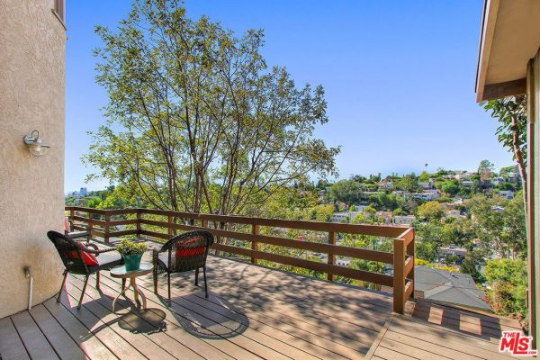 1655 Silverwood Ter, Los Angeles, CA 90026 -  $1,089,000