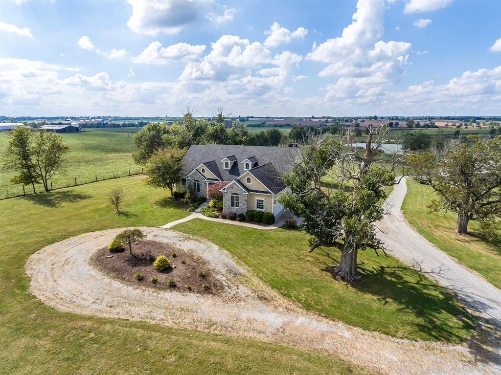 1674 Bethlehem Rd, Paris, KY 40361 -  $949,000 home for sale, house images, photos and pics gallery