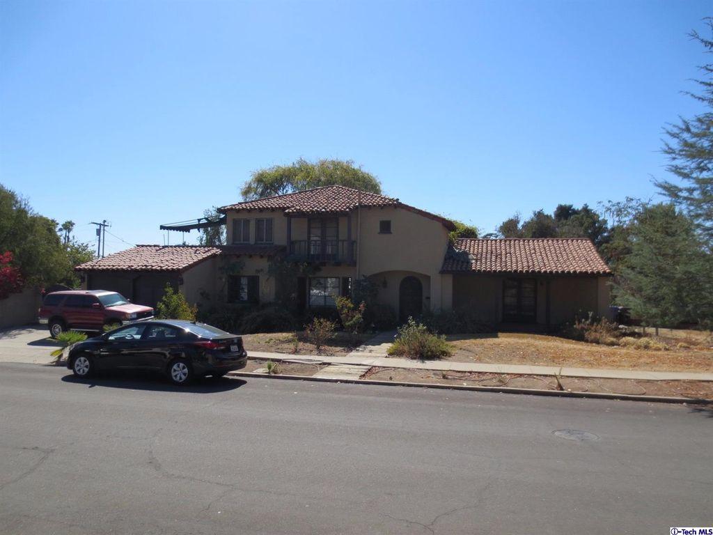 1704 Meadowbrook Rd, Altadena, CA 91001 -  $999,000