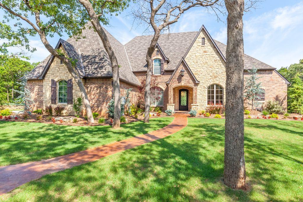 1715 Hidden Lake Dr, Edmond, OK 73034 -  $895,000