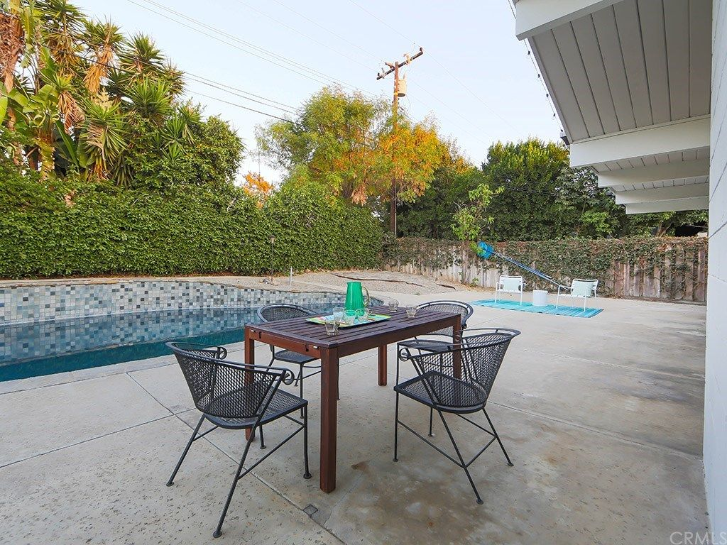 1733 N Shaffer St, Orange, CA 92865 -  $860,000 home for sale, house images, photos and pics gallery