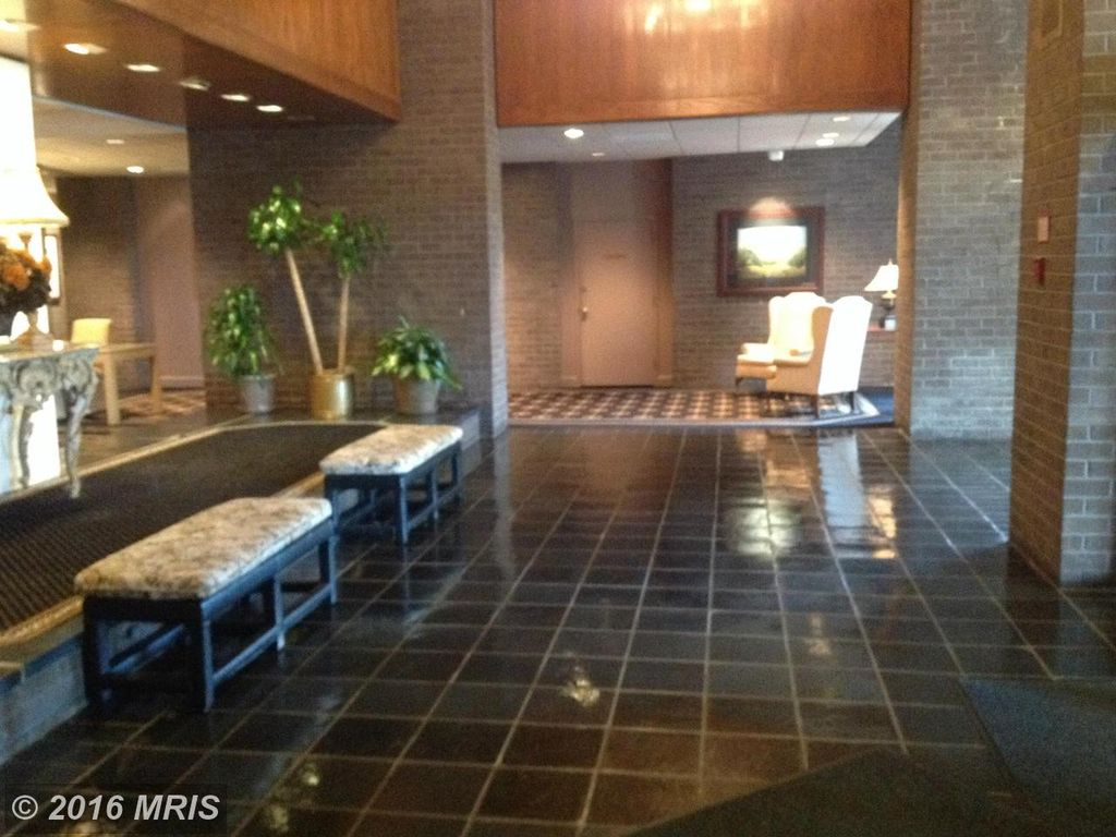 1800 Old Meadow Rd APT 102, Mclean, VA 22102 -  $925,000 home for sale, house images, photos and pics gallery
