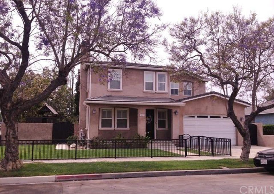 1801 Marber Ave, Long Beach, CA 90815 -  $1,039,000
