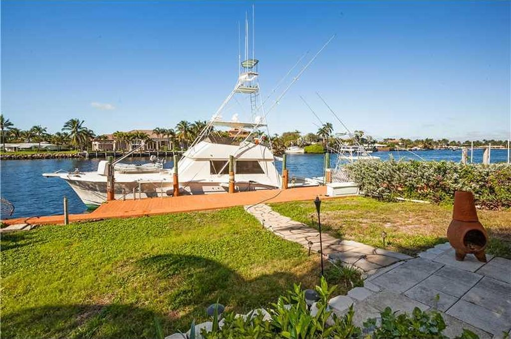 1801 N Riverside Dr, Pompano Beach, FL 33062 -  $1,100,000 home for sale, house images, photos and pics gallery