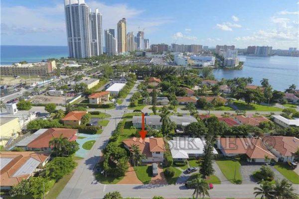 18620 Atlantic Blvd, Sunny Isles Beach, FL 33160 -  $929,000