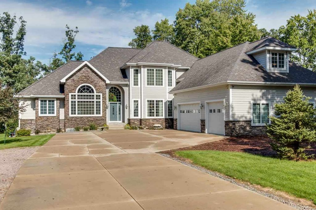 1874 Badger Ct, Arkdale, WI 54613 -  $849,900