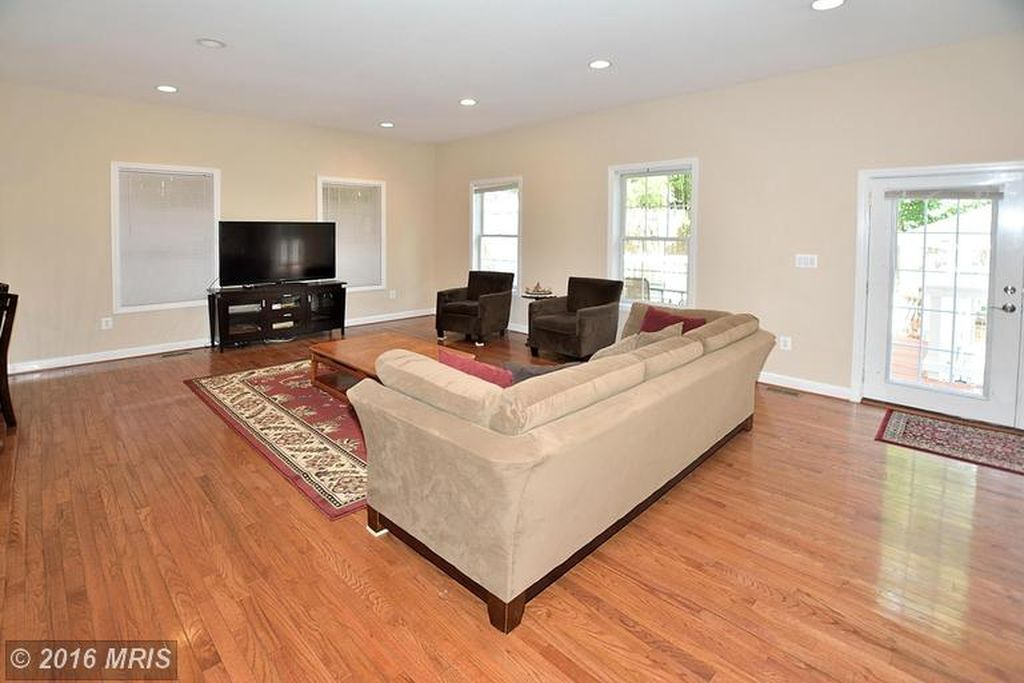 1913 Ware Rd, Falls Church, VA 22043 -  $995,000 home for sale, house images, photos and pics gallery