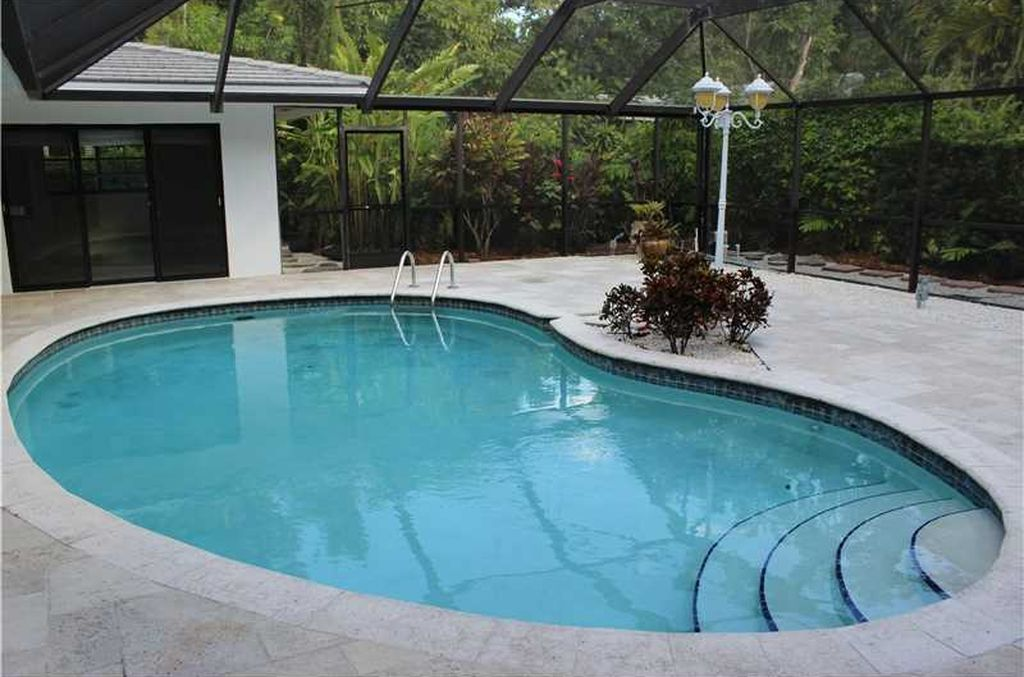 194 W Sunrise Ave, Coral Gables, FL 33133 -  $1,100,000 home for sale, house images, photos and pics gallery