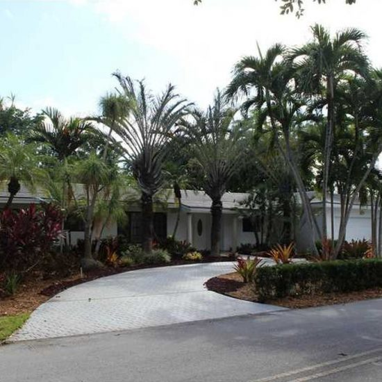 194 W Sunrise Ave, Coral Gables, FL 33133 -  $1,100,000