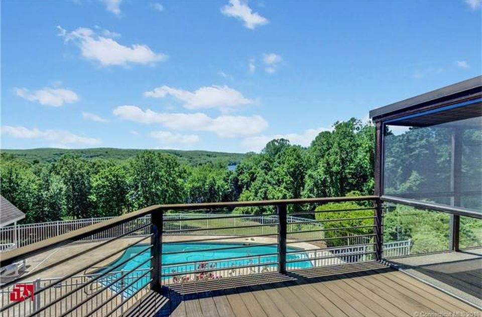 195 Injun Hollow Rd, Haddam Neck, CT 06424 -  $920,000 home for sale, house images, photos and pics gallery