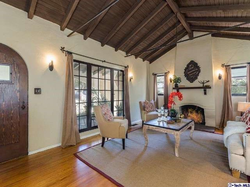 1956 E Woodlyn Rd, Pasadena, CA 91104 -  $995,000 home for sale, house images, photos and pics gallery