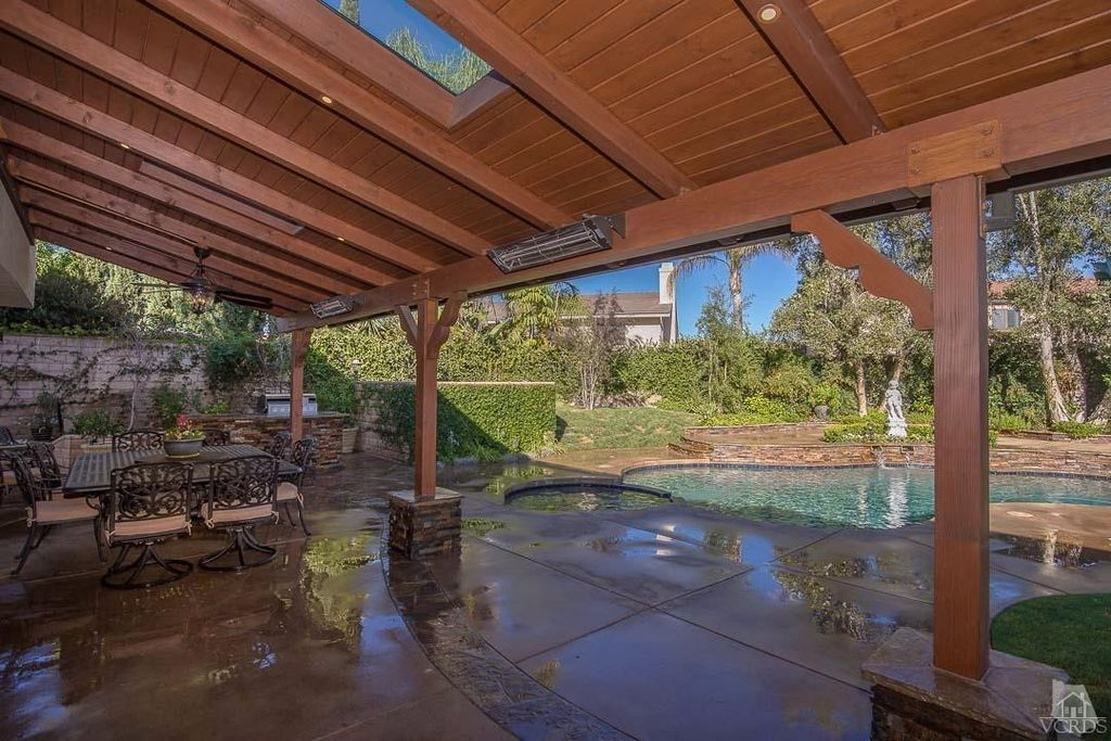 1965 Daylight Ct, Thousand Oaks, CA 91362 -  $1,069,000 home for sale, house images, photos and pics gallery