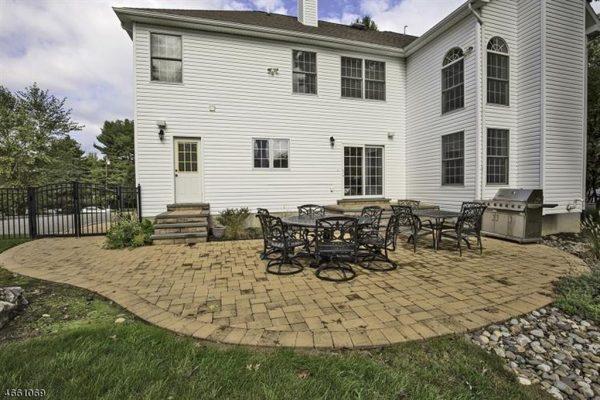 20 Cortright Rd, Whippany, NJ 07981 -  $1,095,000