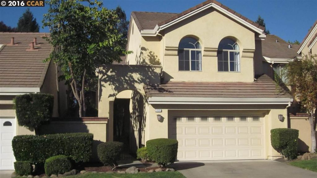 2020 Canyon Lakes Dr San Ramon Ca 94582 965 000 House For Sale Home Images Property Price