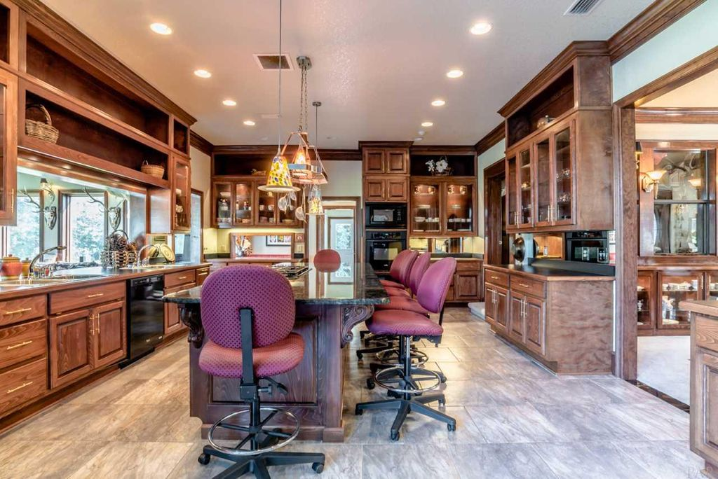 2025 W Kingsfield Rd, Cantonment, FL 32533 -  $1,195,000 home for sale, house images, photos and pics gallery