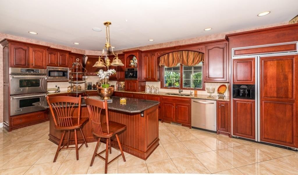 2095 Mallard Dr, Lancaster, PA 17601 -  $925,000 home for sale, house images, photos and pics gallery