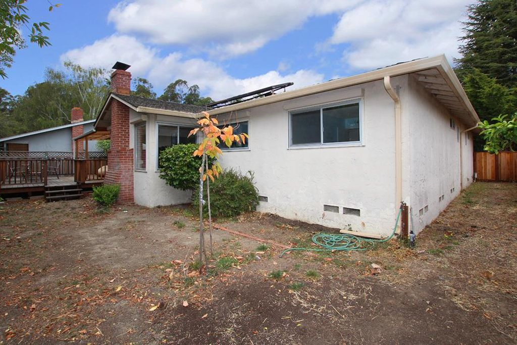 215 Northrop Pl, Santa Cruz, CA 95060 -  $980,000 home for sale, house images, photos and pics gallery